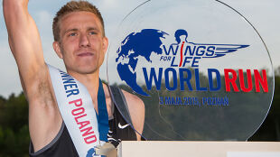 Olszewski wygrał Wings For Life w Polsce! Przebiegł 73 kilometry, zanim dogoniła go meta