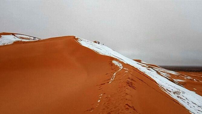 Śnieg na Saharze (Hamouda Ben Jerad)